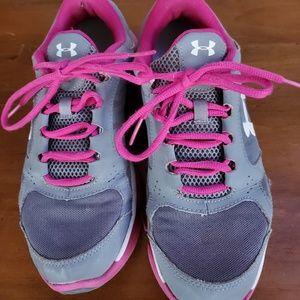 Under Armour Running Shoe/Sneaker